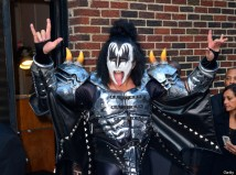 NEW YORK, NY - OCTOBER 10: Gene Simmons of Kiss departs Ed Sullivan Theater on October 10, 2012 in New York City. (Photo by James Devaney/WireImage)